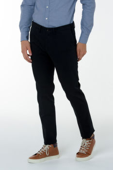Nadrág GANT O1. SLIM TAILORED SATIN SLACKS